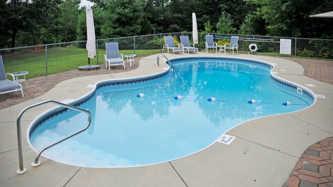 Elder care Concord amenities include a pool.